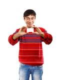 Uomo sorridente con il biglietto da visita Fotografie Stock Libere da Diritti
