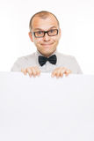 Uomo sorridente di affari con la scheda bianca di Info Fotografia Stock Libera da Diritti
