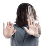 Uomo spaventoso di orrore che gesturing arresto Fotografia Stock