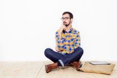 Uomo in studio Fotografie Stock