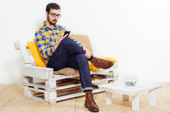 Uomo in studio Fotografia Stock