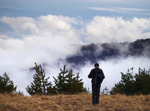 Uomo sulla montagna Immagine Stock Libera da Diritti