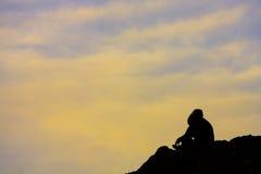 Uomo sulla montagna Fotografia Stock Libera da Diritti
