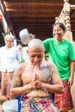 Uomo tailandese durante il ordinati buddista Immagine Stock Libera da Diritti