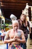 Uomo tailandese durante il ordinati buddista Fotografie Stock Libere da Diritti