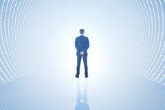 Uomo in tunnel leggero Fotografia Stock Libera da Diritti
