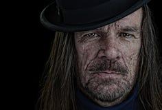 Uomo in un cappello di giocatore di bocce Fotografia Stock