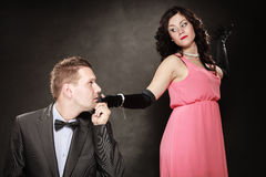 Uomo in vestito e donna in vestito da sera Fotografia Stock Libera da Diritti