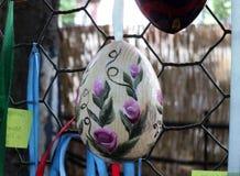 Uova di coloritura tradizionali prima di Pasqua fotografie stock