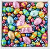 Uova di Pasqua allegre luminose Immagini Stock Libere da Diritti