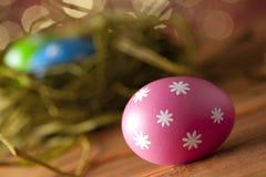 Uova di Pasqua colorate Immagini Stock