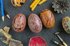 Uova di Pasqua Con l'ornamento Fotografia Stock Libera da Diritti