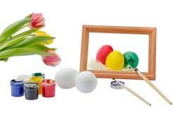 Uova di Pasqua dipinte con inchiostro e la spazzola Fotografia Stock Libera da Diritti