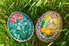 Uova di Pasqua dipinte variopinte Fotografie Stock