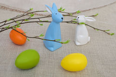 Uova di Pasqua divertenti dei coniglietti Fotografia Stock