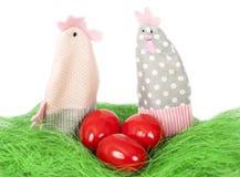 Uova di Pasqua e decorazioni Immagini Stock Libere da Diritti