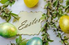 Uova di Pasqua festive Immagini Stock Libere da Diritti