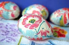 Uova di Pasqua floreali decorate Fotografia Stock Libera da Diritti