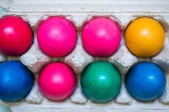 Uova di Pasqua Variopinte lucide Fotografie Stock Libere da Diritti