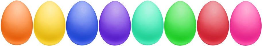 Uova di Pasqua Variopinte tutte in una riga Immagine Stock Libera da Diritti