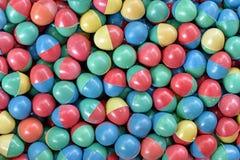 Uova di plastica variopinte Fotografia Stock
