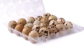 Uova di quaglia nelle coperture Immagini Stock
