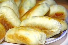 Uova e patè tradizionali russi deliziosi della cipolla Fotografia Stock Libera da Diritti