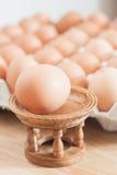 Uova fresche alte chiuse del pollo Immagine Stock