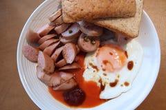 Uova fritte e salsiccia Fotografia Stock Libera da Diritti