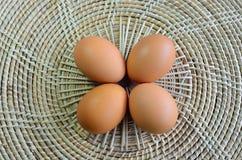 Uova su bambù Immagini Stock