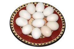 Uova sul piatto ceramico Fotografia Stock