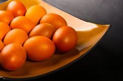 uova sul piatto marrone Fotografia Stock Libera da Diritti