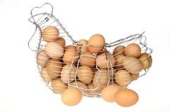 Uova in un cestino Immagini Stock Libere da Diritti