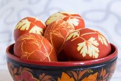 Uova variopinte di Pasqua Immagini Stock