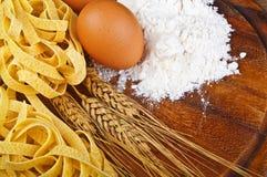所有意大利面食uovo 免版税库存图片