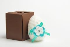 Uovo di Pasqua fatto da filato fotografia stock