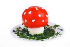 Uovo e pomodoro a forma di del fungo Fotografie Stock Libere da Diritti