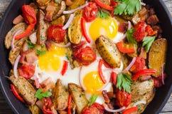 Uovo fritto con pancetta affumicata fotografia stock libera da diritti