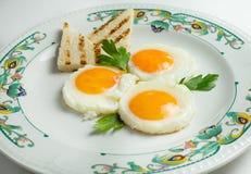 Uovo fritto e pane tostato Immagini Stock Libere da Diritti