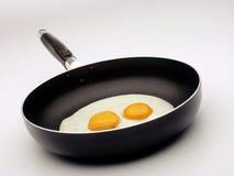 Uovo fritto e vaschetta. Fotografie Stock Libere da Diritti