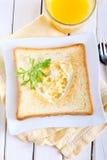 Uovo fritto a forma di cuore Fotografia Stock Libera da Diritti