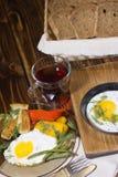 Uovo fritto sulla pentola Fotografia Stock