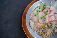 Uovo fritto in vaschetta Fotografie Stock Libere da Diritti