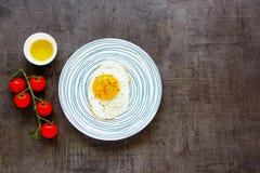 Uovo fritto in zolla immagini stock libere da diritti