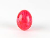 Uovo rosa su backround bianco Immagine Stock Libera da Diritti