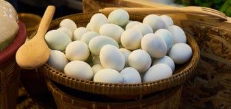 uovo salato nel mercato Bangkok Tailandia Fotografia Stock Libera da Diritti