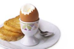 Uovo sodo e crostini Fotografia Stock Libera da Diritti