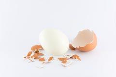Uovo sodo su fondo bianco Fotografia Stock