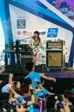 Uozumi Yuki (гитара) от группы LoVendor Стоковая Фотография