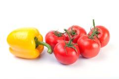 up mogna tomater för tät peppar yellow Royaltyfri Bild